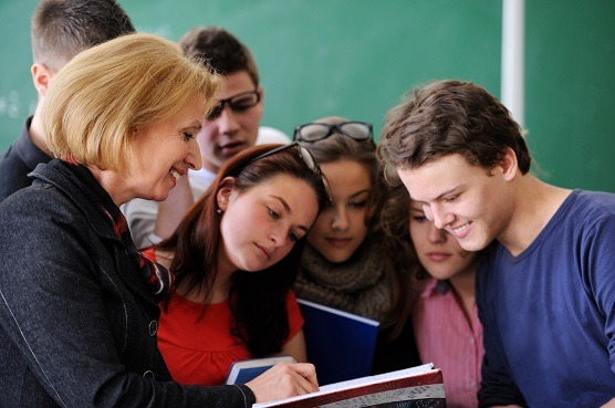 role of teacher in student life
